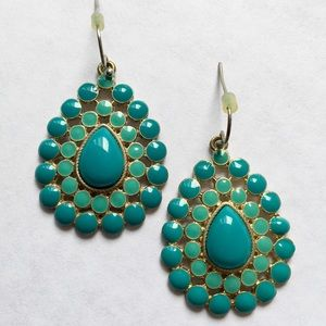 Jewelry - Vintage Turquoise Style  Drop Earrings